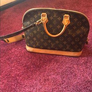 Louis Vuitton Alma with strap